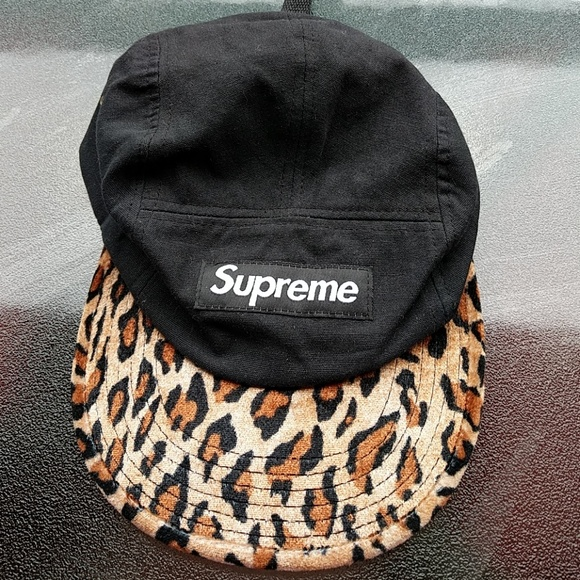 77fdd335ad8e6 Supreme 2011 5-panel hat Cheetah print. M 5a4fb3588df470587300f16e